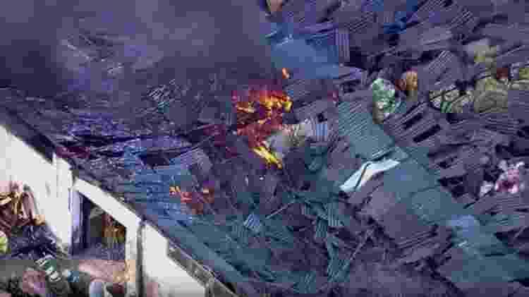 Incêndio atinge barracão da Império Serrano no Rio - Reprodução/TV Globo - Reprodução/TV Globo