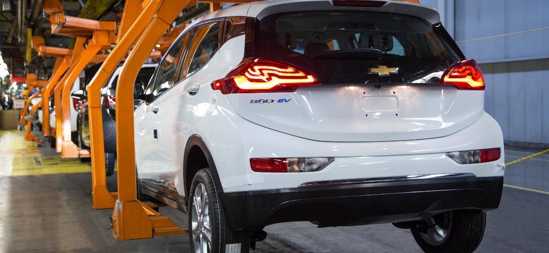 Linha de montagem do Chevrolet Bolt em Orion (EUA) - Divulgação