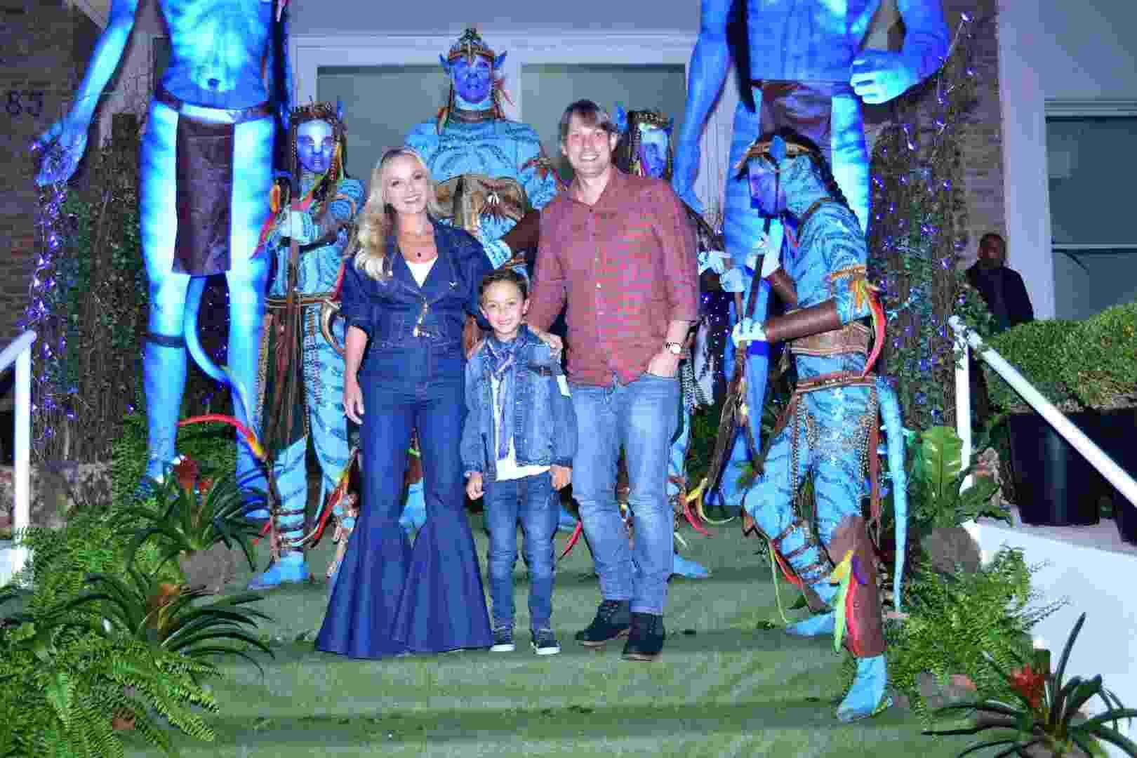Primogênito de Eliana, Artur comemora o aniversário de 7 anos em São Paulo - Léo Franco/AgNews