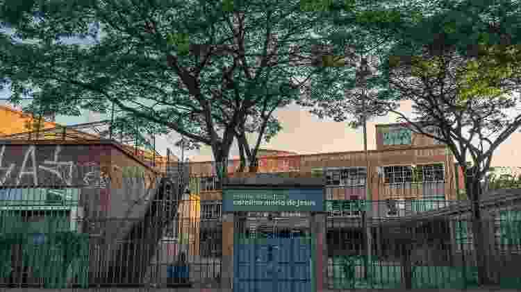 A fictícia Escola Estadual Carolina Maria de Jesus, localizada em um colégio desativado de São Paulo, e que serve de cenário para a nova série da Globo - Globo/Mauricio Fidalgo