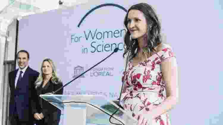 No palco, durante evento da Unesco em que foi premiada - Arquivo Pessoal