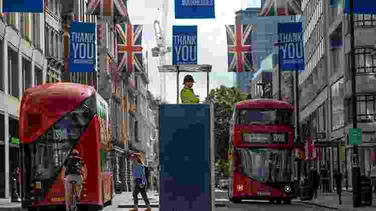 Londres -- e seus famosos ônibus de dois andares - está bem diferente da superlotação de outros tempos - Getty Images - Getty Images
