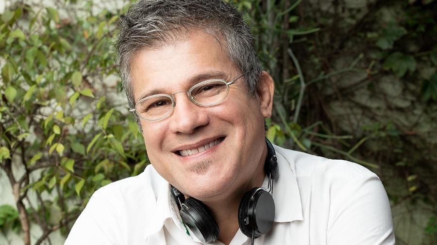 Edgard Piccoli é o apresentador do podcast Trago Boas Notícias - Marcus Steinmeyer/Iung Studio