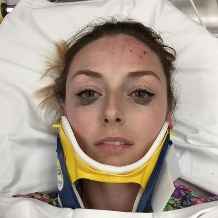 A selfie pós-acidente que revelou o delineador intacto - Reprodução/Twitter