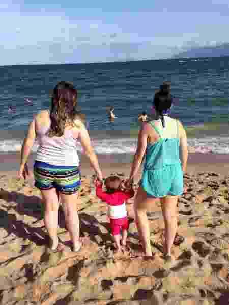 Luciane, Lara e Thayla, desfrutando da semana de férias em família no litoral de São Paulo  - Arquivo Pessoal