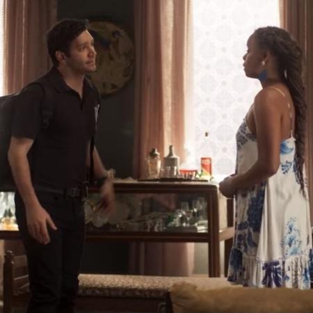 Ionan (Armando Babaioff) e Doralice (Roberta Rodrigues): o ciúme destrói o casamento  - Reprodução/ TV Globo
