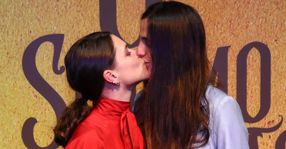 Bruna Linzmeyer e a namorada, Priscila Visman