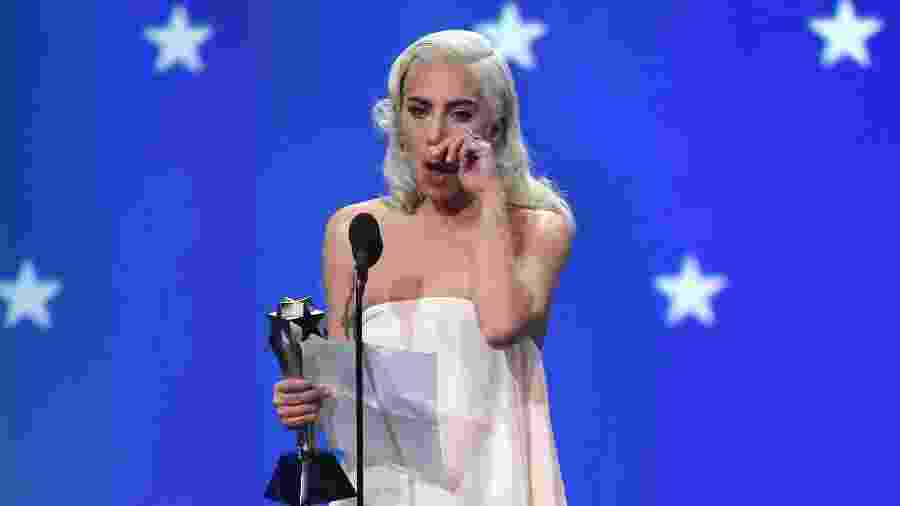 "Lady Gaga se emociona no Critics"" Choice Awards -  REUTERS/Mike Blake"