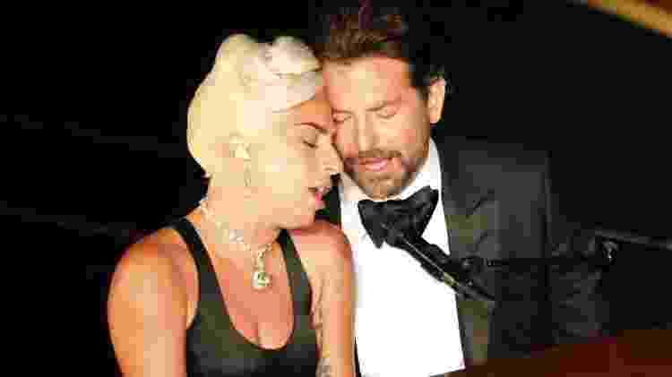 """Lady Gaga e Bradley Cooper cantam """"Shallow"""", do filme """"Nasce Uma Estrela"""", no Oscar 2019 - Reuters"""
