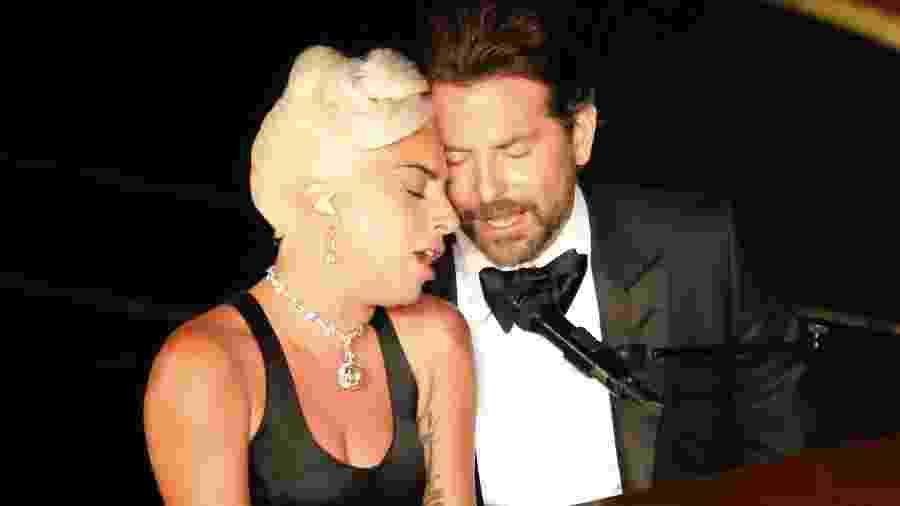 Lady Gaga e Bradley Cooper cantam Shallow, do filme Nasce Uma Estrela, no Oscar 2019 - Reuters