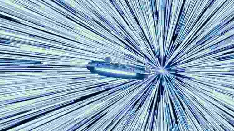 """Millennium Falcon em cena de """"Star Wars: Episódio IX - A Ascensão Skywalker"""" - Divulgação"""