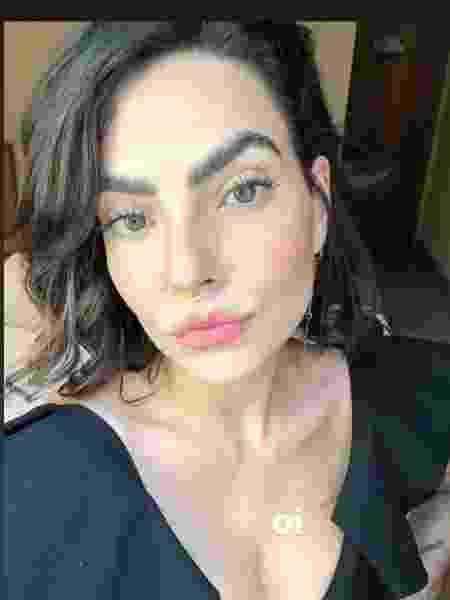 A apresentadora Laura Vicente adere à técnica da sobrancelha laminada - Reprodução/Instagram