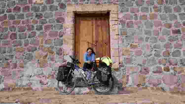 Juliana em Missão Santa Rosalía de Mulegé, no México - Arquivo pessoal - Arquivo pessoal