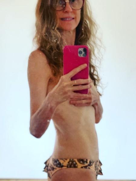 Betty Gofman faz foto de topless - Reprodução/Instagram