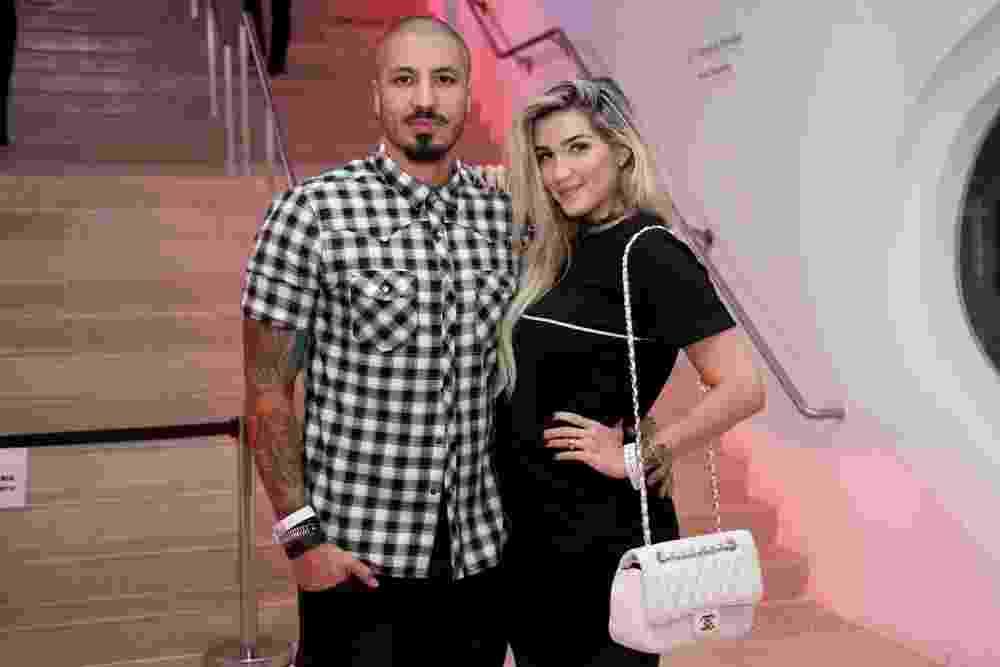 Grávida de sete meses, Aline vai a evento no Museu do Amanhã com Fernando - Roberto Filho / Brazil News