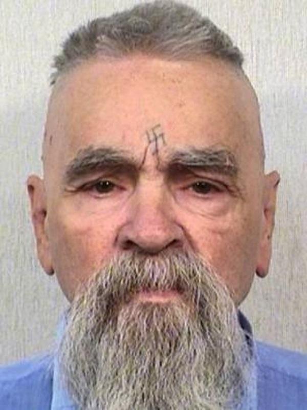 Charles Manson, de 83 anos, morreu esta segunda-feira em uma prisão na Califórnia