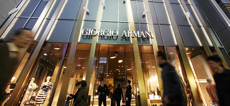 Flagship store de Giorgio Armani em Ginza, bairro de Tóquio, no Japão - Getty Images