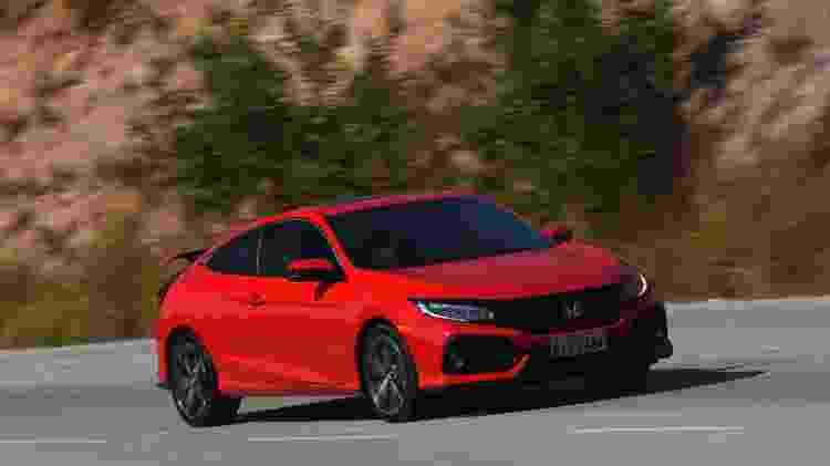 Civic Si traz motor 1.5 turbo de 208 cv, amortecedores ajustáveis e câmbio manual por R$ 164,9 mil - Murilo Góes/UOL