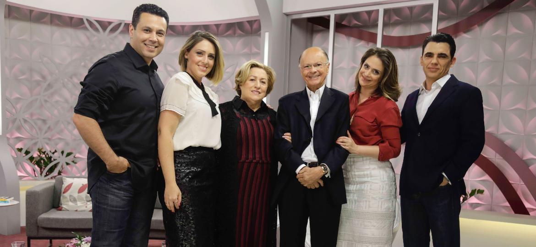 The Family School: Família Renato e Cristiane Cardoso; dona Ester e bispo Macedo; Viviane e Júlio - Divulgação/Record Comunicação