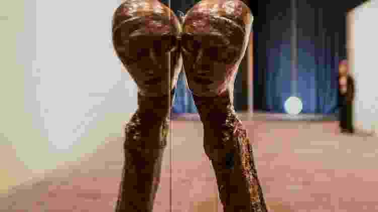 "Obra ""Untitled"", do artista italiano Enrico Davide - Tiziana Fabi/AFP"