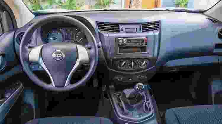 Nissan Frontier S MT 2019 cabine - Divulgação - Divulgação