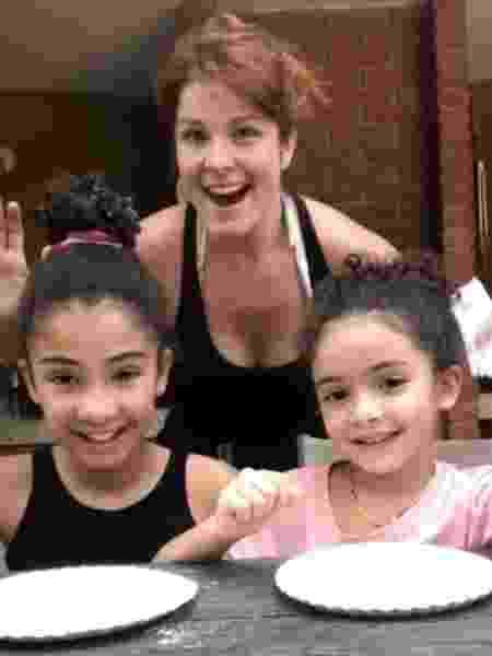 Samara Felippo e as filhas, Alicia, 11 anos, e Lara, 6 - Reprodução / Instagram