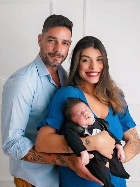Franciele Grossi e Diego Grossi, do BBB 14, são pais de Enrico e estão juntos até hoje - Reprodução / Instagram