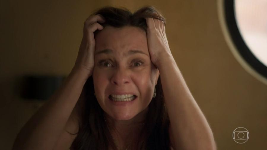O aneurisma de Thelma se rompeu quando ela viu Danilo denunciando seus crimes na televisão - Reprodução/TV Globo