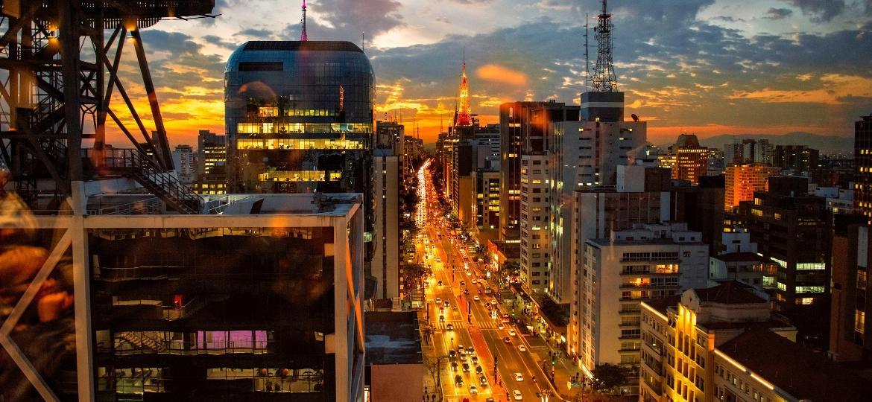 Avenida Paulista, em São Paulo: cidade apresentou uma das piores taxas de poluição sonora de todo o ranking - Fandrade/Getty Images