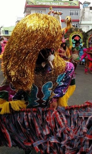 ano8.fev.2016 - O caboclo de lança é um dos personagens principais do maracatu em Nazaré da Mata (PE)