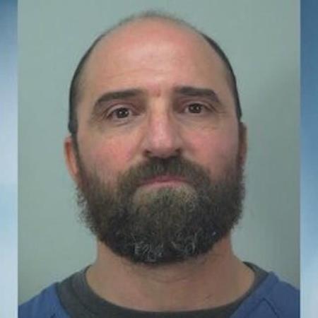 """Cabeleireiro foi preso e teve ataque de fúria e passou """"a zero"""" em cabelo de cliente - Divulgação/Departamento de polícia de Madison"""