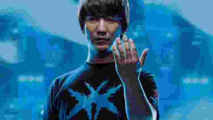 Daigo Umehara é o nome mais conhecido da cena competitiva de Street Fighter. Compete internacionalmente desde 1998 e já venceu 42 torneios do cenário profissional. A fama é tão grande que ele ganhou mangá próprio em 2017. - Reprodução