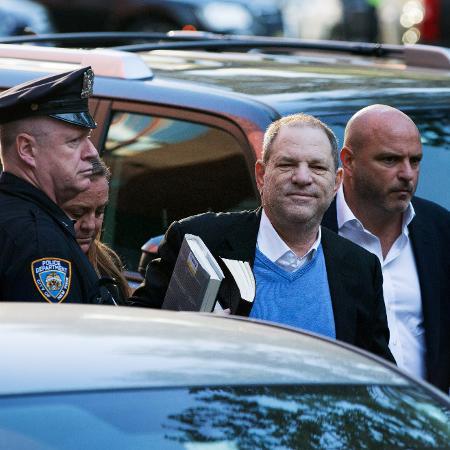 Harvey Weinstein em foto de quando se entregou à polícia de Nova York -  Kevin Hagen/Getty Images