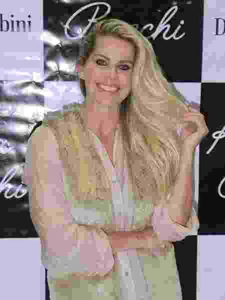 Karina Bacchi no do Salão Moda Brasil, em São Paulo - Amauri Nehn/Brazil News