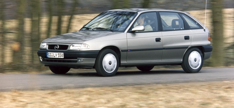 """Primeira geração do Astra ficou conhecida como """"Astra belga"""" no Brasil - Divulgação"""