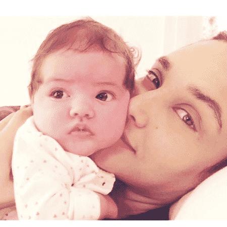 Débora Nascimento com a filha, Bella - Reprodução/Instagram