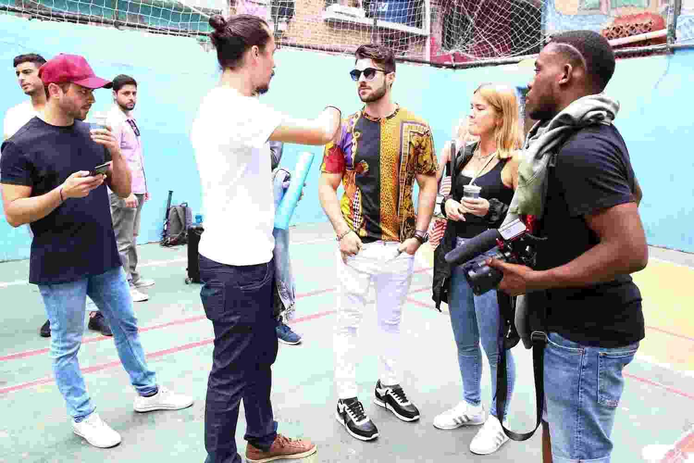 """O DJ Alok gravou neste final de semana o clipe da música """"Favela"""" com a cantora norueguesa Ina Wroldse, na comunidade de Tavares Bastos, no Rio de Janeiro - Roberto Filho/Brazil News"""