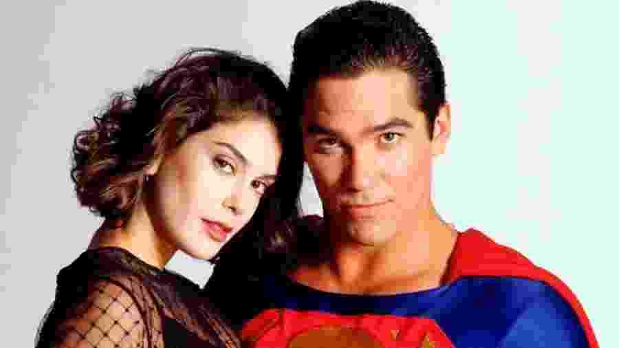 """Cena da série de TV dos anos 90 """"Lois & Clark: As Novas Aventuras de Superman"""" - Divulgação"""