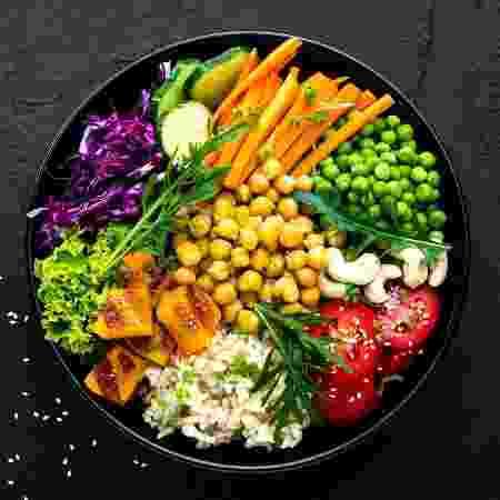 Os cientistas confirmaram que alguns alimentos têm ligações facilmente comprováveis ??com a saúde mental - iStock