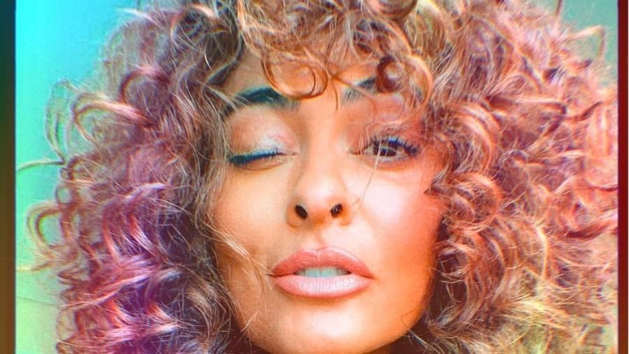 Juliana Paes: cabelos cacheados e naturais - Reprodução/Instagram