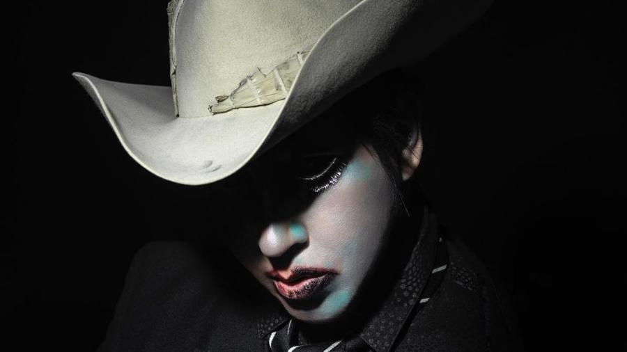 """Marilyn Manson em foto promocional do disco """"We Are Chaos"""" - Divulgação"""