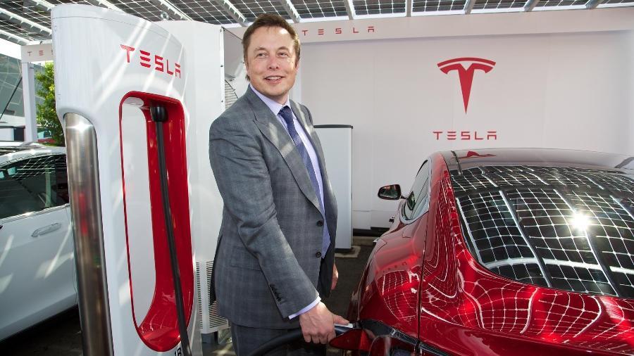 Desde seu pico, o valor dos papéis do conglomerado de Musk acumula uma queda de mais de 20% - Divulgação