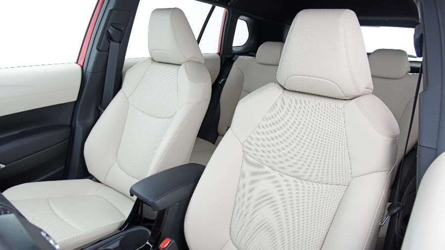 Deixar o interior do carro como novo requer alguns cuidados frequentes e também ajuda profissional - Murilo Góes/UOL