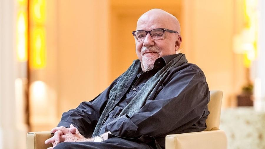 """Paulo Coelho participou hoje de um evento chamado """"A erosão da liberdade de expressão no Brasil"""" - Matej Divizna/Getty Images"""