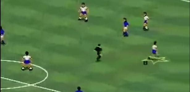 """Fugir do juiz para não levar cartão era atitude corriqueira em """"FIFA International Soccer"""" - Reprodução"""