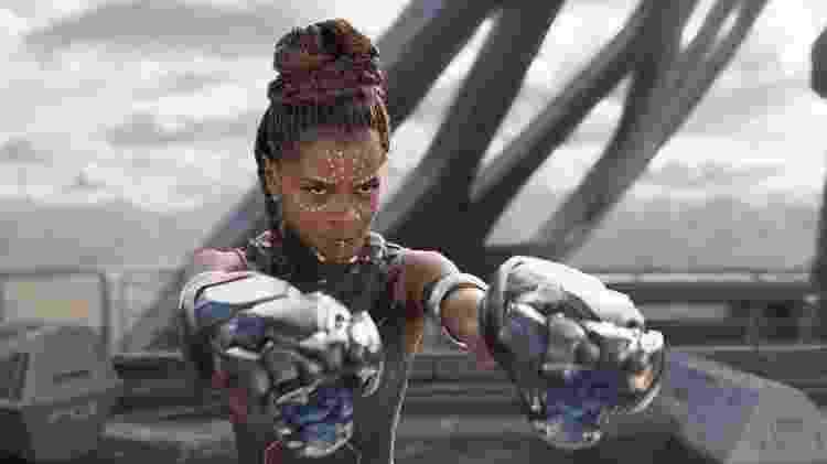 """Letitia Wright como Shuri em cena de """"Pantera Negra"""" - Divulgação"""