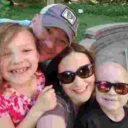 Garrett Matthias e sua família - Arquivo pessoal - Arquivo pessoal