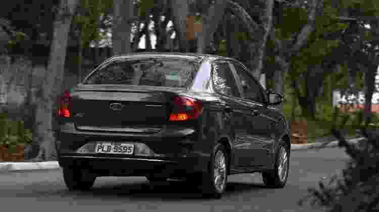 Ka Sedan tem porta-malas com capacidade para 445 litros - Murilo Góes/UOL