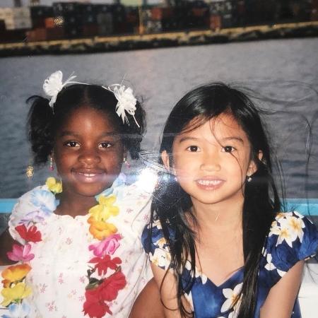 Brianna e Heidi em viagem ao Havaí, em 2006 - Reprodução/Twitter