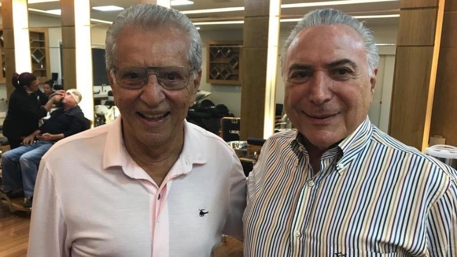 Carlos Alberto de Nóbrega encontra Michel Temer no salão do cabeleireiro Jassa - Reprodução/Instagram/calbertonobrega